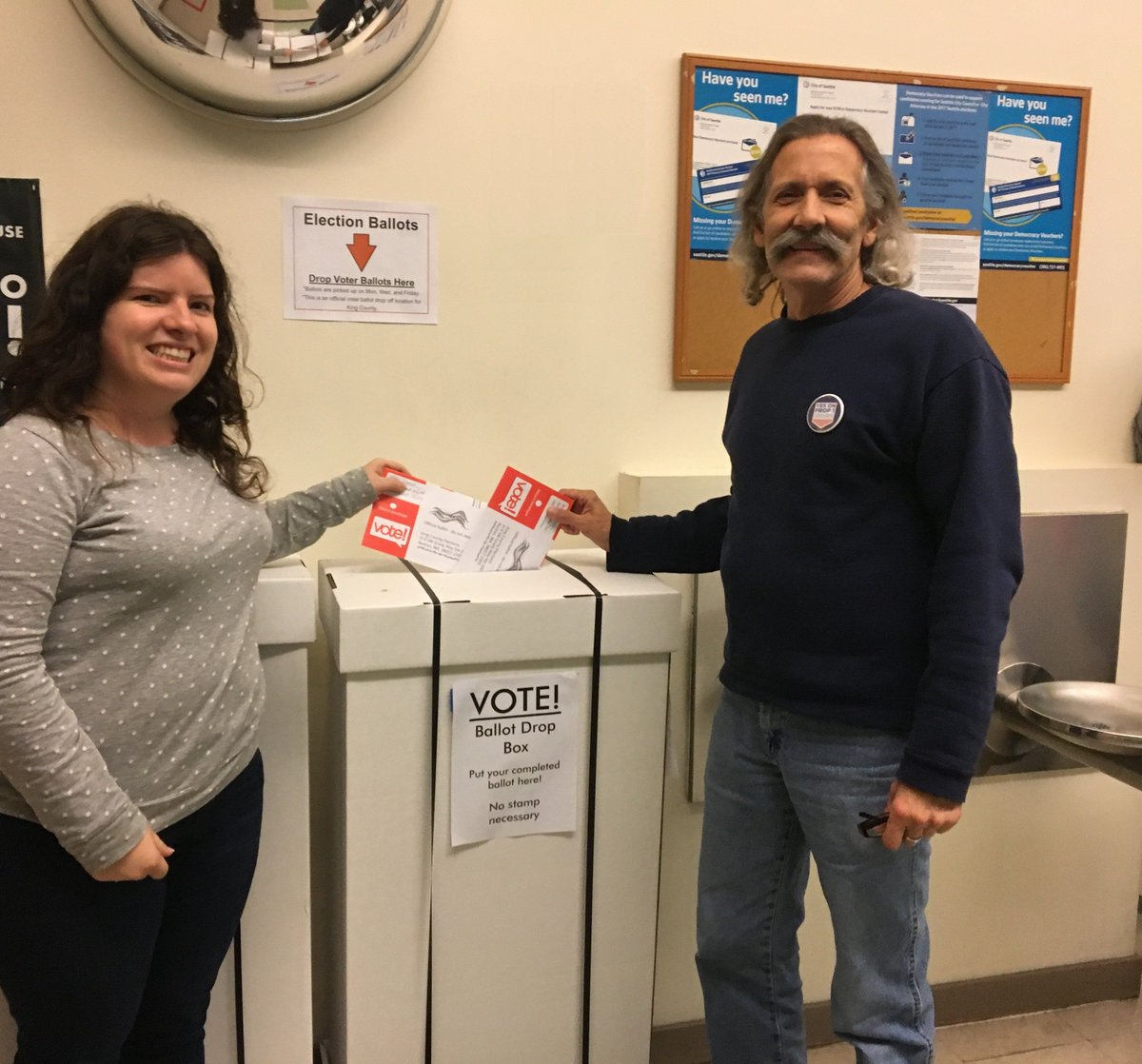 SKCCH staff and volunteers dropping off their ballots together