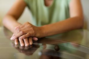 Picture of anonymous woman's hands
